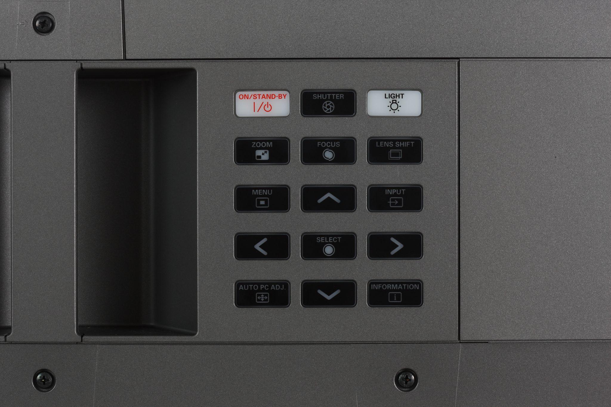 Eiki LC-HDT1000 3